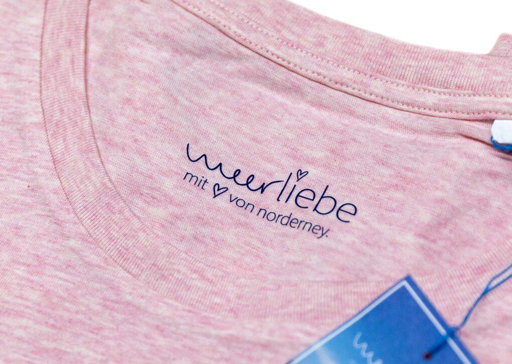 Mit-herz-von-Norderney-T-Shirt-Meerliebe
